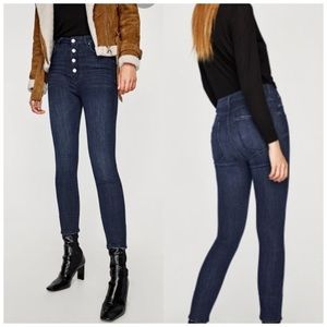 Zara • High-Waisted Button-Fly Slinny Jeans • Sz 4